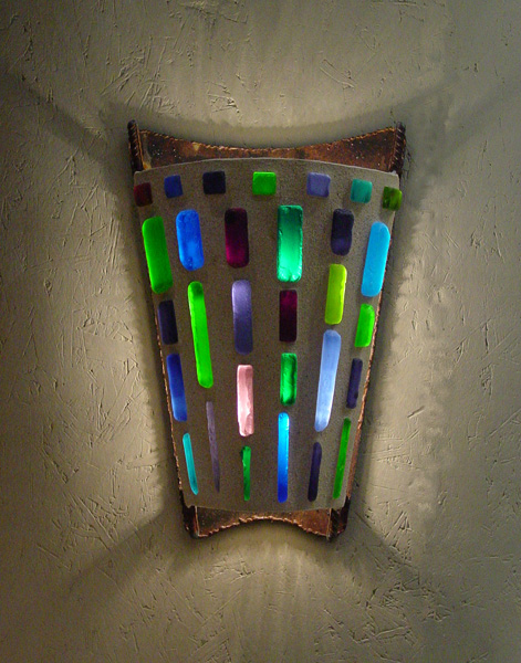 Curved-V-Sconce-Blue,-Green,-Purple